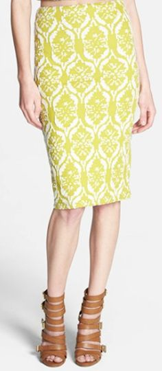 #yellow textured pencil skirt http://rstyle.me/n/mnsr9r9te