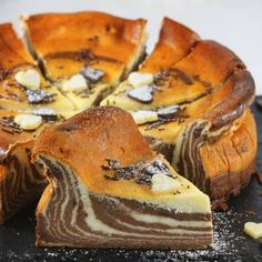 Sernik zebra Cheesecake, Ethnic Recipes, Food, Kuchen, Cheesecakes, Essen, Meals, Yemek, Cherry Cheesecake Shooters