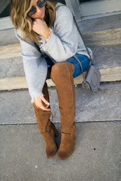 Fall Fashion // Over The Knee boots // Cozy Sweater