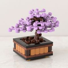 Bonsai Tree: Juniper - a Lego Bonsai tree building kit custom designed by Chris McVeigh Lego Technic, Lego Duplo, Lego Moc, Lego Design, Lego Hacks, Casa Lego, Lego Tree, Lego Machines, Lego Furniture