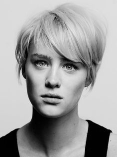 MacKenzie Davis by Richmond Lam