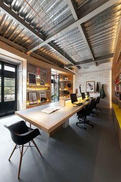 Oficina Nan Arquitectos www.nanarquitectos.com Fotografía: Iván Casal Nieto Office interior design #officedesignswood