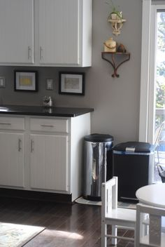 Gray Kitchen Walls With Dark Coutertops
