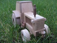 Wooden Tractor Western Bar, Wood Toys Plans, Handmade Wooden Toys, Wooden Car, Wood Tree, Woodworking Projects Diy, Hobby, Kids Toys, Diy And Crafts
