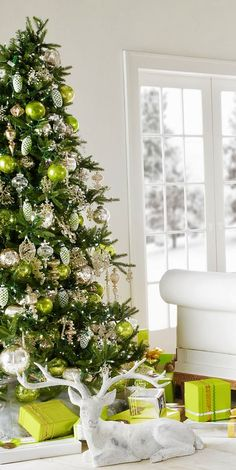 Christmas Tree Decorating Ideas: Christmas tree is something that is part  of the celebrations of Christmas, which means that it not only decorates  your home ...