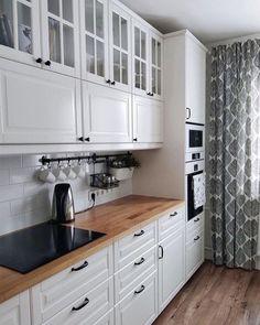 -Error - Error - Contemporary Hamptons in Hendra Galley Kitchen Design, Kitchen Room Design, Kitchen Dinning, Home Decor Kitchen, Interior Design Kitchen, Home Kitchens, Cuisines Design, Apartment Interior, Sweet Home