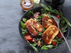 Att få vardagen att gå ihop är inte alltid det lättaste. Gör det enkelt för dig och planera veckans middagar med smarta och snabba recept från WW ViktVäktarna. Här hittar du 8 snabba rätter som räddar vardagen. Halloumi, Lchf, Salads, Food And Drink, Low Carb, Healthy Eating, Healthy Recipes, Vegan, Chicken