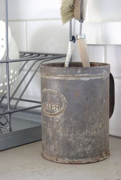 Old sifter as a kitchen tool holder.. need to find sifters!.