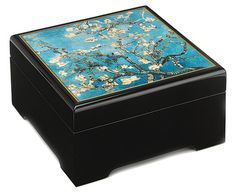 "Vincent van Gogh: Musical jewelry box ""Blossoming Mandel Branch"" (1890) - after Vincent van Gogh"