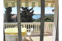 Tolles Ferienhaus mit 3 Fewos in Medulin ab 50 € pro Objekt / Nacht. Buchen Sie dieses Ferienwohnung für bis zu 7 Personen in der…