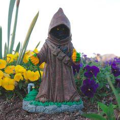A Jawa garden gnome. AMAZING!