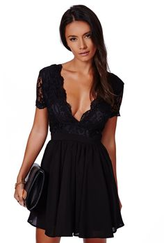 Vestido plisado cuello V encaje-negro 15.04