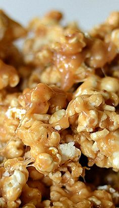 The Best Chewy Caramel Popcorn