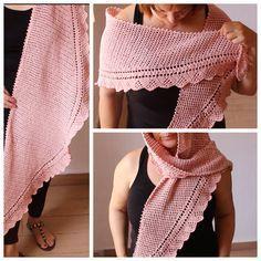 Animate a tejer tu primer chal a ganchillo (Crochet ) es un chal muy sencillo de hacer que a su vez lo hace elegante. Los puntos utilizados cadeneta, punto a...