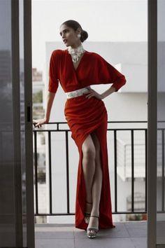 Rochia roşie e cea mai bună alegere de Dragobete - Argument