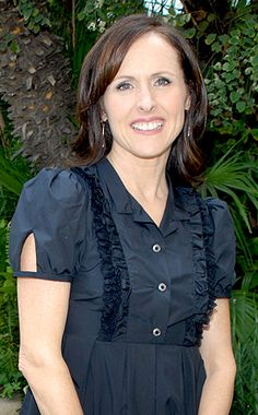 Molly Shannon born in Cleveland