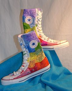 Items similar to Custom Hand Painted Converse - Made to Order - Rainbow Designs on Etsy Rainbow Converse, Rainbow Shoes, Converse All Star Sneakers, Converse Shoes, Rainbow Dance, Painted Converse, Painted Sneakers, Kinds Of Shoes, Awesome Shoes