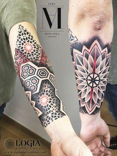 Φ Artist ABEL MIRANDA Φ  Info & Citas: (+34) 93 2506168 - Email: Info@logiabarcelona.com www.logiabarcelona.com #logiabarcelona #logiatattoo #tatuajes #tattoo #tattooink #tattoolife #tattoospain #tattooworld #tattoobarcelona #tattooistartmag #tattoosenbarcelona #tattooisartmagazine #tattoos_of_instagram #ink #arttattoo #artisttattoo #inked #instattoo #inktattoo #tatuagem #tattoocolor #tattooculturemagazine #tattooartwork