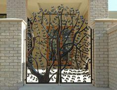 tree gate