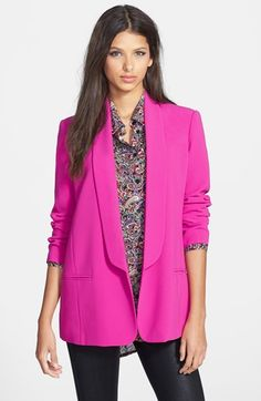 Free shipping and returns on Mural Slouchy Boyfriend Blazer at Nordstrom.com. A sleek elongated lapel and relaxed silhouette lend minimalist city-chic dimension to this silky boyfriend-style blazer.