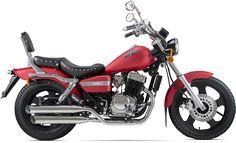 Suzuki Cafe Racer, Cafe Racer Moto, Custom Bobber, Custom Bikes, Custom Baggers, Harley Bikes, Harley Davidson Motorcycles, Motorcycle Design, Motorcycle Bike