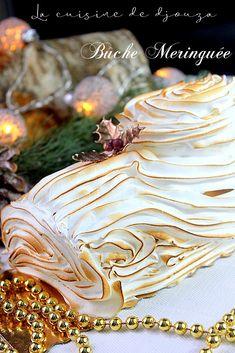 Buche de noel mascarpone lemon curd meringuee Christmas Desserts, Christmas Time, Xmas, Eclairs, Lemon Curd, Tiramisu, Biscuits, Cake Decorating, Decorating Ideas