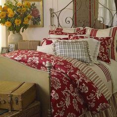 chaps-home-french-riviera-bedding-coordinates.jpg (500×500)