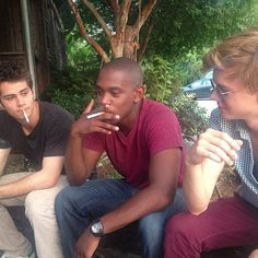 Dylan O'Brien with Maze Runner cast