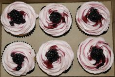Brandy & Blackberry cocktail cupcakes