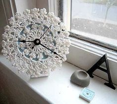 #Doily #Clock #crafts - such a unique idea! Would make a cute clock for a sewing room or #ShabbyChic room - pb≈