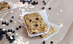 Homemade granola bars...making these soon!!! Been looking for something like this for the kids!