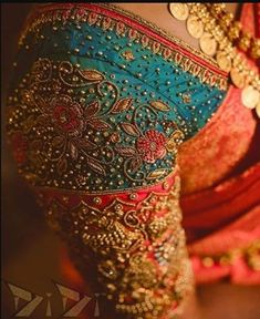 Are you looking for latest aari work blouse designs images? Explore Best Zardosi Work Blouse Designs Image Collections in 2020 for Every Women. Wedding Saree Blouse Designs, Pattu Saree Blouse Designs, Fancy Blouse Designs, Blouse Neck Designs, Wedding Blouses, Sari Blouse, Wedding Dresses, Sari Design, Ethnic Design