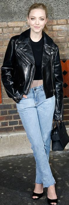 Who made  Amanda Seyfried's black leather jacket, sandals, and tote handbag?