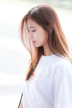 Tzuyu TWICE HD Mobile, Smartphone and PC, Desktop, Laptop wallpaper resolutions. Beauty Elegant, Elegant Woman, Pretty Asian, Beautiful Asian Girls, Pretty Girls, Nayeon, K Pop, Kpop Girls, Kpop Girl Groups