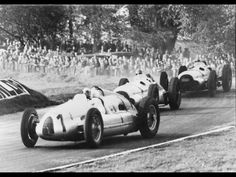 1938 Auto Union Type D race car, such a rare car. wow!