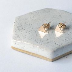 Hammered Triangle Stud Earrings, 14k gold filled earrings, triangle earrings, dainty jewelry, post earrings, geometric jewelry, handmade jewelry, gifts for her, gifts under 25, minimalist, triangle jewelry