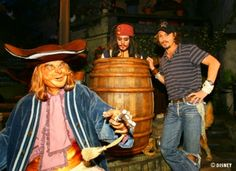 Johnny Depp with the Captain Jack Sparrow animatronic inside of Disney Land's Pirates of the Caribbean attraction