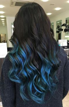 20 Coolest Blue Black Hair Shades - chic better Hair 20 Coolest Blue Black Hair Shades - Chicbetter Inspiration for Modern Women Blue Tips Hair, Ombre Hair Color, Hair Color Balayage, Cool Hair Color, Black Blue Ombre Hair, Haircolor, Blue Hombre Hair, Hair Color Tips, Short Balayage