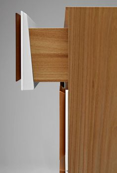 Chest of drawers Detail - Gio Ponti (Molteni)