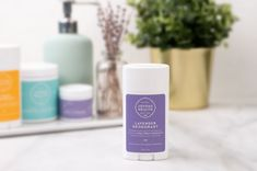 Protect your pits and your health by switching to a natural alternative like this Lavender Deodorant Stick that will keep you stink-free and free of harmful toxins! Orange Mousse, Joyous Health, Safe Cosmetics, Tomato Nutrition, Calendula Benefits, Coconut Health Benefits, Natural Antibiotics, Insect Bites, Healthy Oils