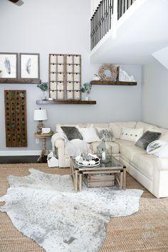 Neutral Fall Decor Home Tour #fallinspiration #falldecor Leather Living Room Furniture, Brown Furniture, Fall Home Decor, Autumn Home, Paint Colors For Living Room, Living Room Decor, Living Rooms, Brown And Blue Living Room, Colorful Decor