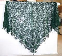 Peacock Lace Pattern | Free Knitting Pattern - Shetland Lace Shawl from the Lace shawls