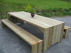 Bilderesultat for benk med rette ben Garden Table, Patio Table, Diy Table, Picnic Table, Outdoor Table Plans, Diy Outdoor Furniture, Outdoor Decor, Plantation Homes, Yard Design