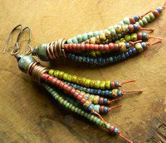 Tribal Jewelry Perlen Ohrringe Fringe Quaste bunte von ChrysalisToo