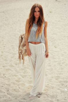 Grey loose mid crop tank, white linen boho pant and silver geometric pendant necklace #love