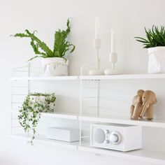 The iconic String® pocket is String Furniture's smallest shelving system – a small bookcase that will fit almost anywhere. The shelving system is easy Small Bookcase, Styling Shelves, Decor, Bookshelf Decor, Home, Interior, Shelves, Shelf Decor, Home Decor