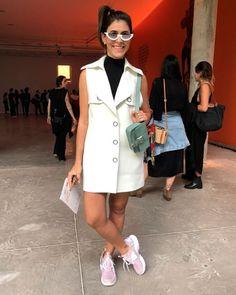 it-girl - colete-branco-tenis-oculos-vintage - óculos vintage - verão - street style SPFW