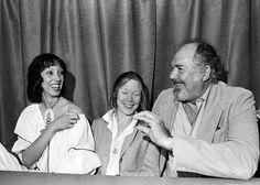 Shelley Duvall, Sissy Spacek and Robert Altman laughing