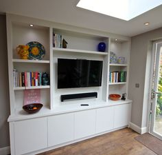 Contemporary Media Bookcase with integral lighting in Wandsworth – Media Room İdeas 2020 Media Furniture, Built In Furniture, Types Of Furniture, Salas Home Theater, Tv Bookcase, Bookcases, Living Room Wall Units, Media Room Design, Tv Unit Design