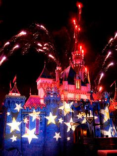 4th of July at Disneyland Castle.